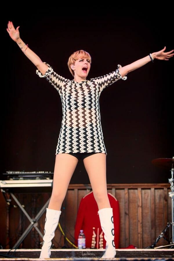 HArriet Lowther, Made by HArriet, sounds of the sixties show, 60s tribute, the zoots, band in wiltshire, 60s theatre show, eastbourne bandstand, eastbourne