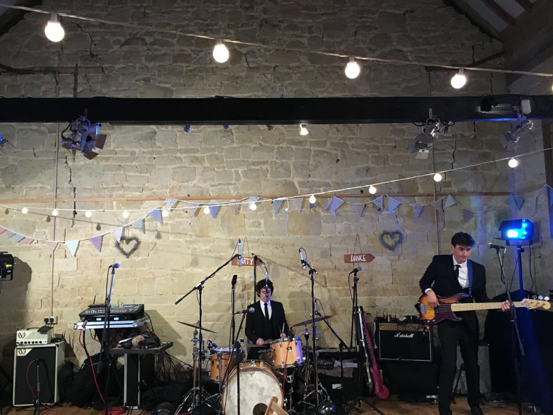 The Zoots, Zoots band, Band in Wiltshire, Wiltshire Band, Ashleywood Farm Band, Band for my wedding, Band in Wiltshire, Soundcheck, Party Band, Band in Southwest,