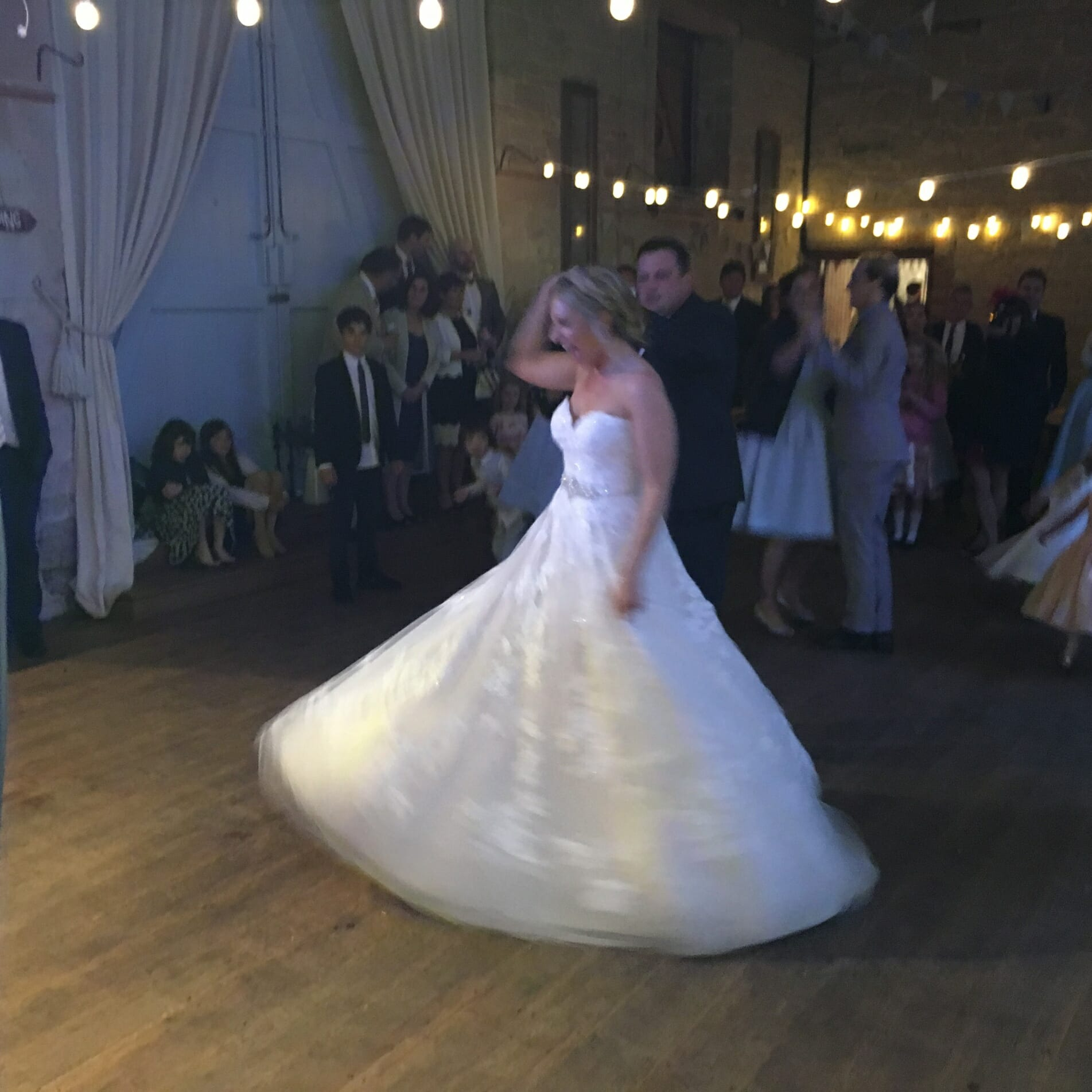 First Dance, Philippa & kevin, Ashleywood Farm, Bride and Groom, Dancing, The Zoots, wedding band,