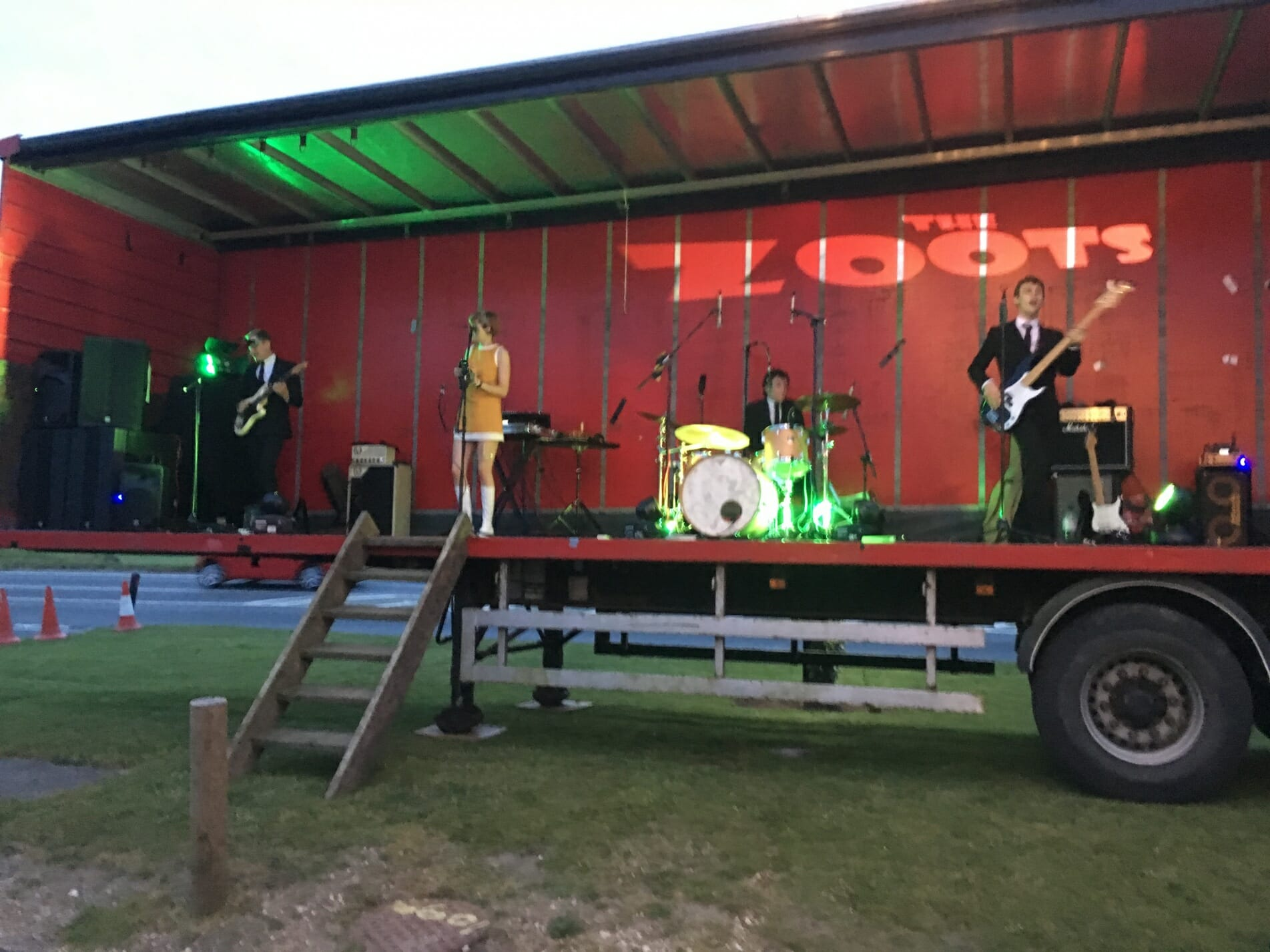 The Zoots, Zoots band, Frog and Wicket, 60s band, Sixties band, Band at Frog and Wicket, Annual Cricket Day Frog and Wicket