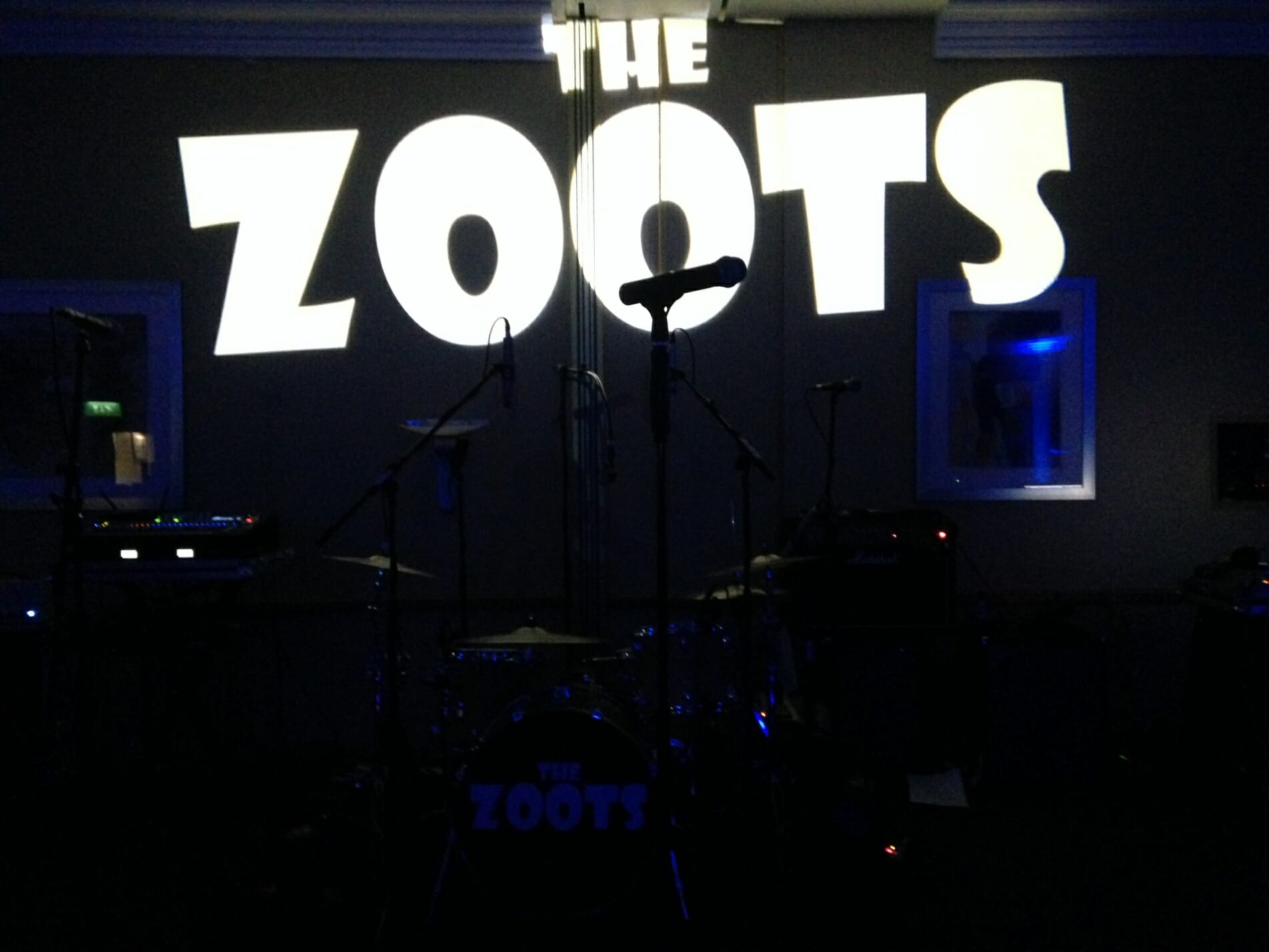 the zoots set up, band in swindon, party band swindon, party band for marriott swindon, band for marriet, band for marriott, marriot swindon, wedding band swindon,