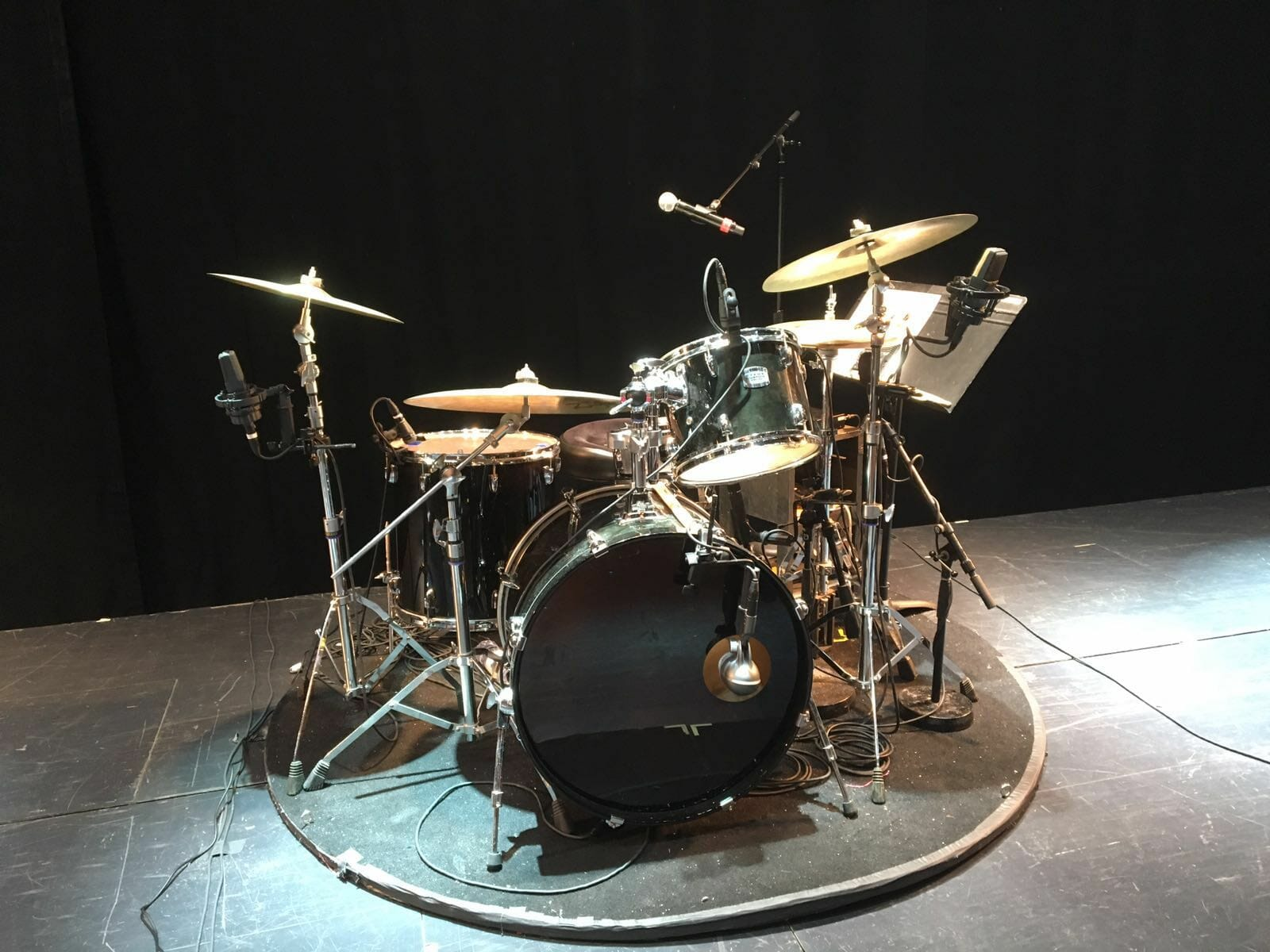 Drum Kit, Theatre, Sixties theatre show, sixties show, 1960s show, The Zoots sixties show, 60s band,